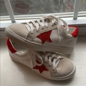 Shoes - red star everyday sneaker